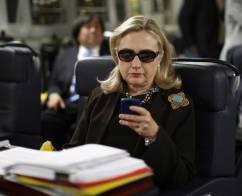Clinton Hillary on her phone